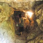 _洞窟入り口